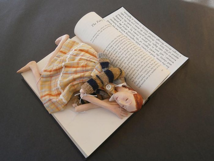 rwa_angela-carter_strange-worlds_di-oliver_the-fairy-tale-altered-book_gallery